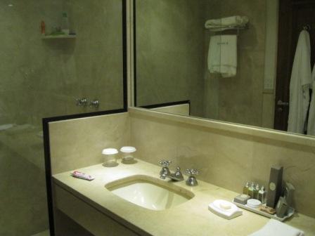 banheiro porto bay sao paulo