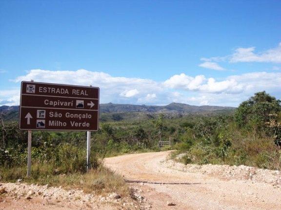 estrada milho verde