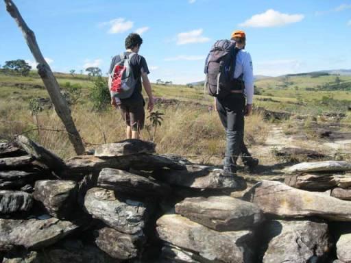 trilha pedra