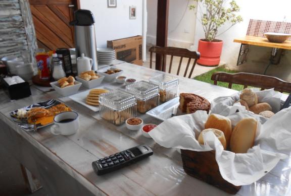 cafe da manha casabella hostel