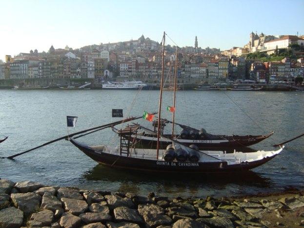 passeio de barco rio douro