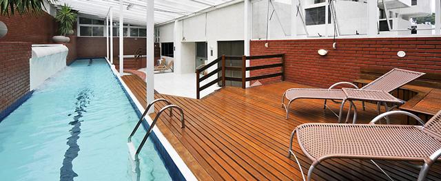 Apart hotel em porto alegre aventure for Adagio accor hotel