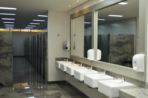 banheiro do actuall hotel