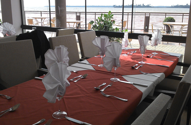 restaurante lindas mesas