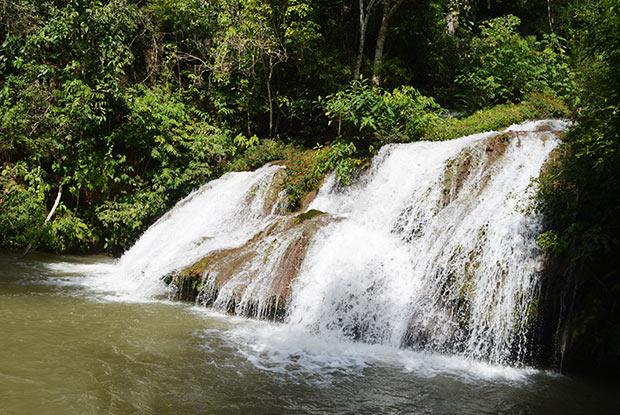 cachoeira pocao bonito