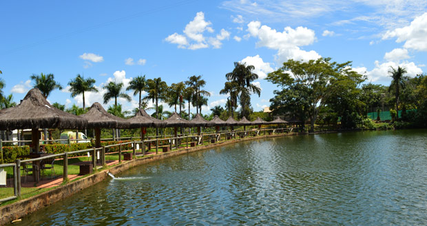 pesca rio quente resorts