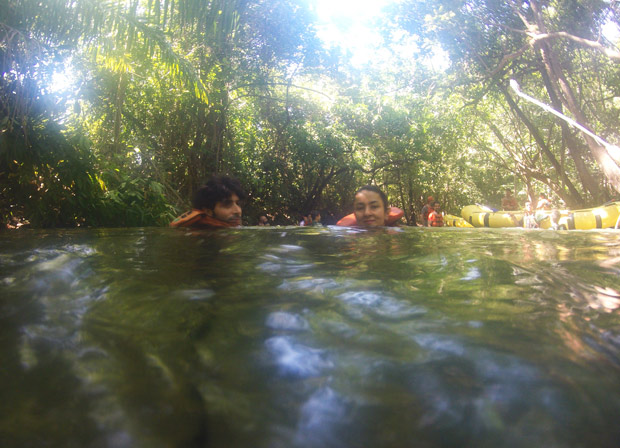 parada do rafting rio quente