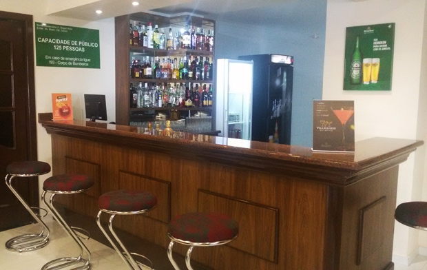 hotel bogari bar
