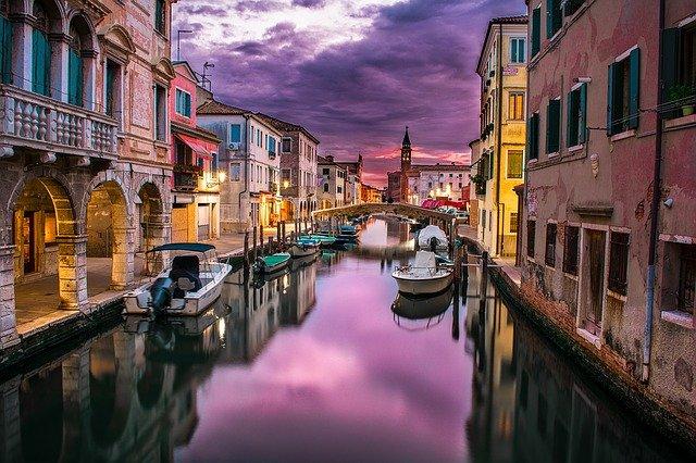 cidade de barcos europa
